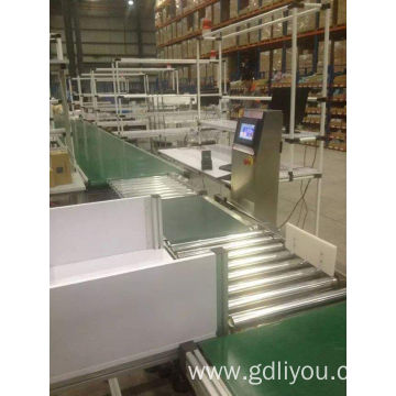 Automatic roller conveyor machine